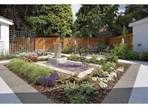 Helen's Garden 0
