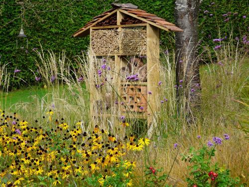 Garden Structures 7